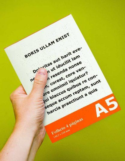 Folheto A5 2 páginas em braille e em letra ampliada
